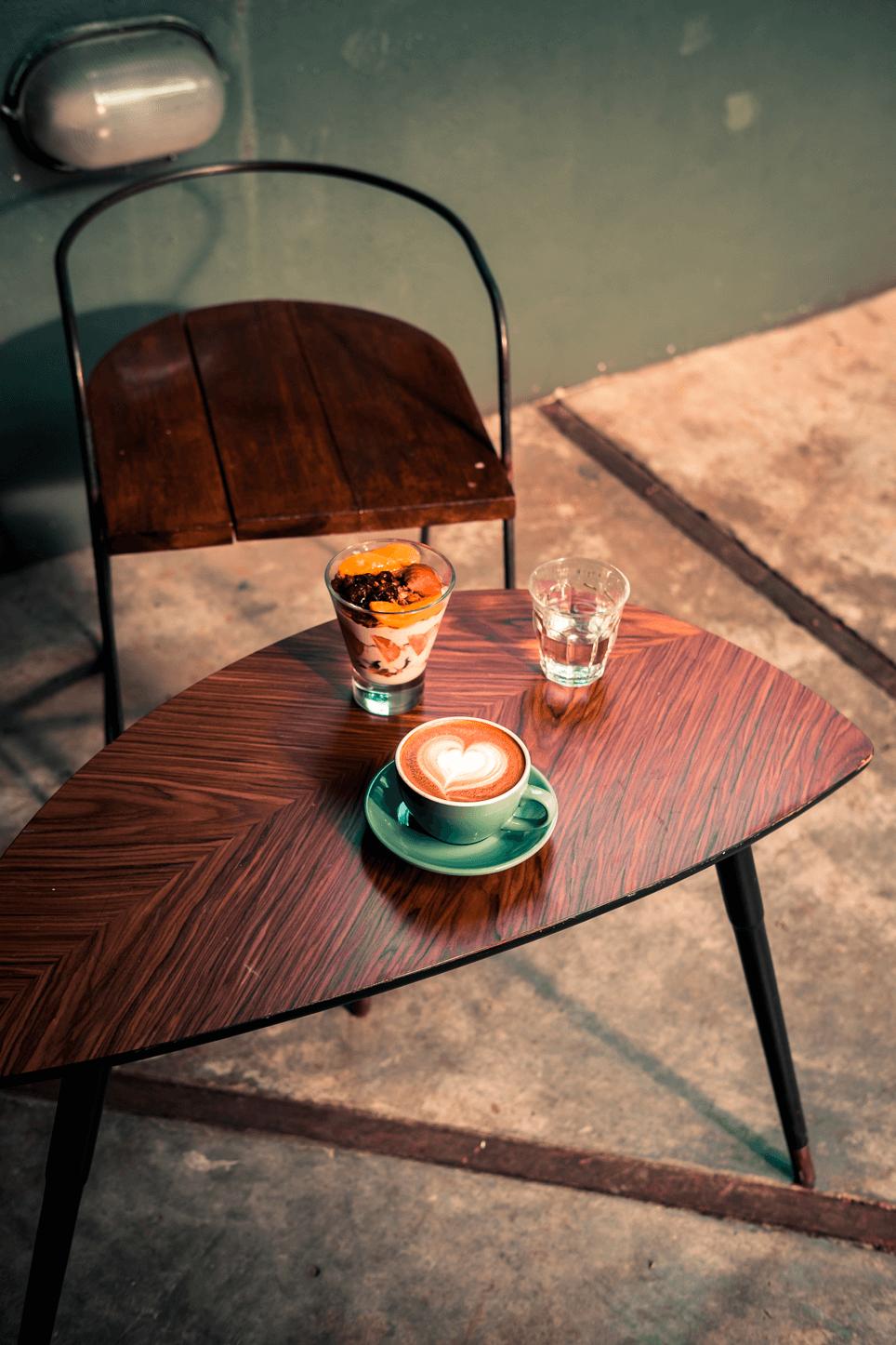 Ground cafe y panaderia en Breathe